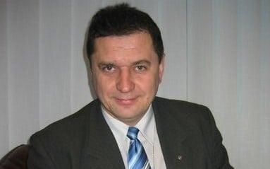Adviser Founder